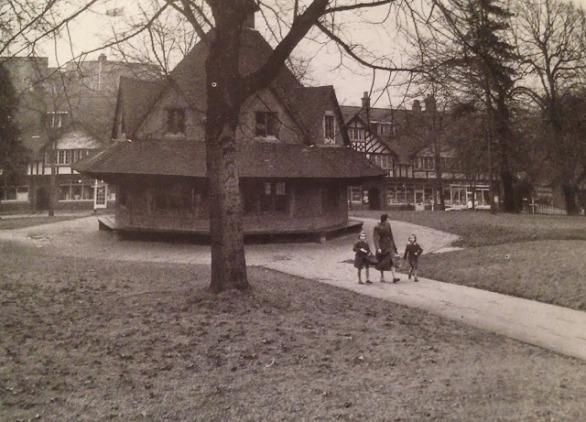 Bournville Village Green and the Rest House in 1960. Bedford Tyler's 'country town style' row of shops is in the background.