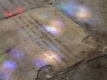 Shakespeares Grave 01